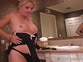 Hotwife dominating